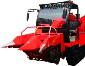 Crawler corn harvester